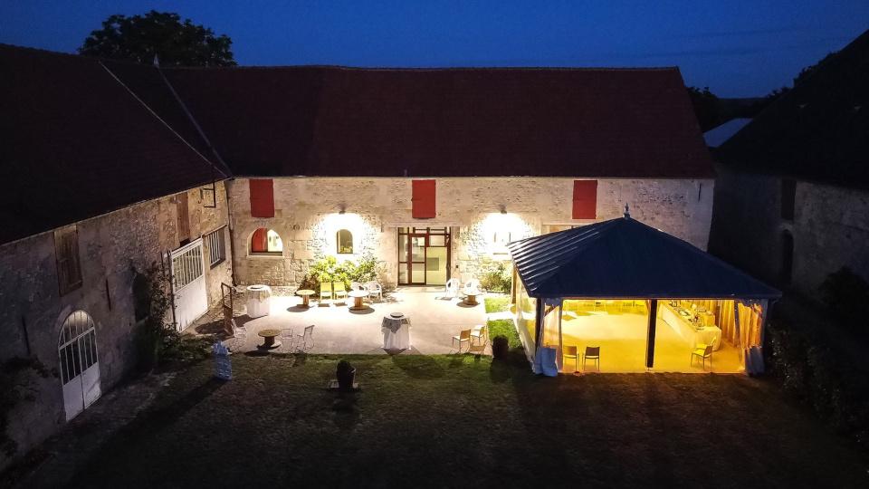 terrasses-pelouse-exterieurs-cocktail-salle-reception-oise-la-croisee-des-possibles